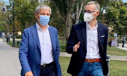 Cioloș la Constanța: Stelian Ion poate oferi o șansă istorică acestui oraș furat și împărțit la bucată de politicienii vechilor partide