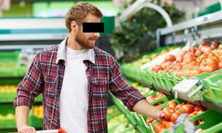 Constănțean arestat după ce a pipăit mai multe fructe pe care oricum nu avea de gând să le cumpere