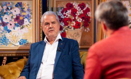 """IREAL. Adrian Năstase, glorificat la TVR. """"Intelectual rasat, luptător pentru păstrarea identității naționale"""""""