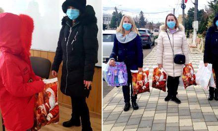 Femeile de la WISTA România au fost Moș Crăciun pentru copiii din 20 de familii nevoiașe