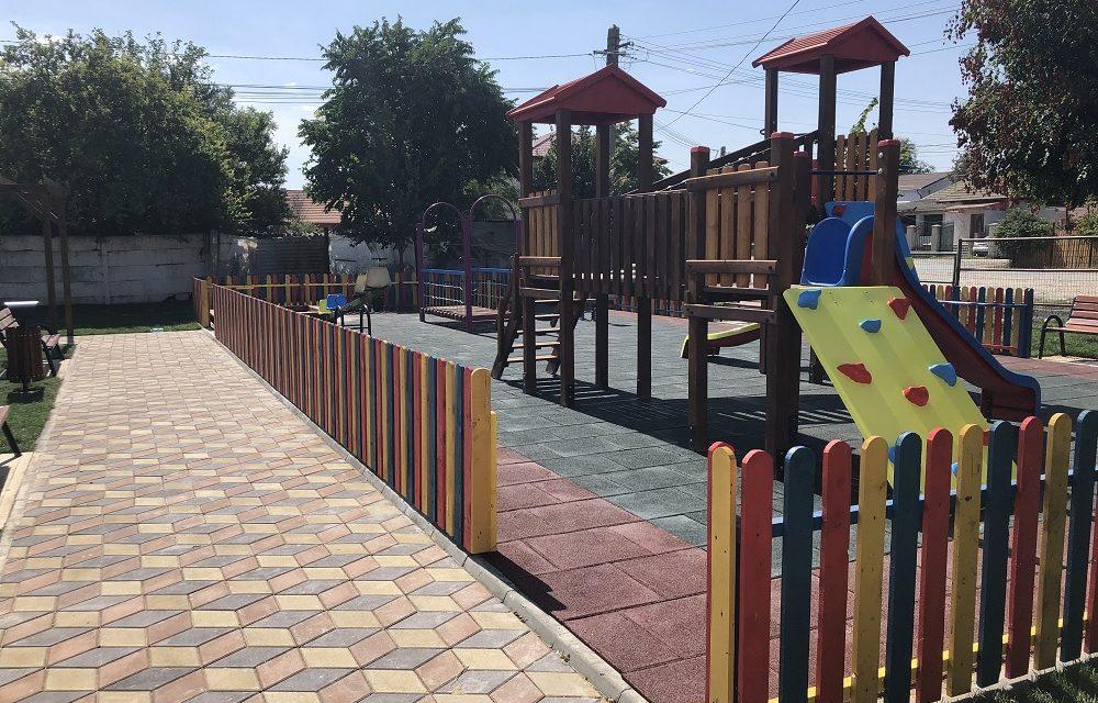 Primăria Nicolae Bălcescu construiește un parc cu loc de joacă în cartierul IAS Bălcescu