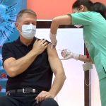 """Președintele Iohannis s-a vaccinat împotriva Covid-19. """"Vaccinarea ne va scoate din pandemie"""""""