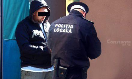 Bișnițar, amendat pentru că nu purta mască de un polițist local căruia îi vânduse un telefon fake