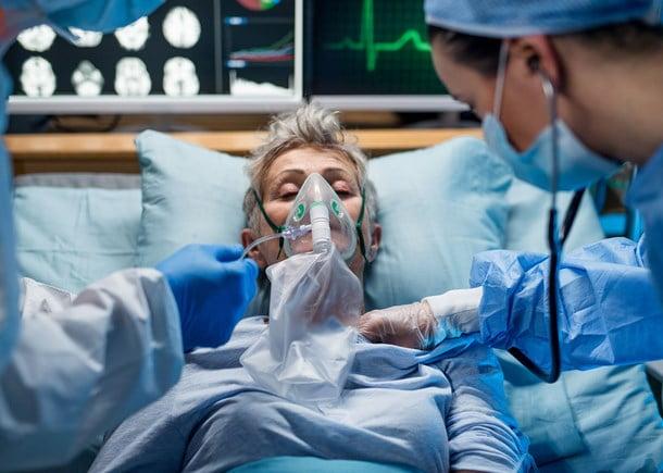 Tulpina Delta descoperită la Constanța. 7 pacienți infectați(6 nevaccinați), dintre care unul a murit