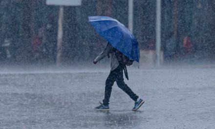 Constanța, sub avertizare meteo de ploi și furtuni până vineri seară