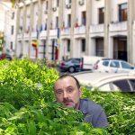 Strutinski, găsit la Constanța. De șase luni se ascundea în bălăriile din fața Primăriei
