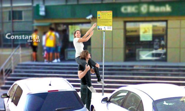 """Primăria, instrucțiuni pentru citirea panourilor de parcare: """"Trebuie să aveți pe cineva care să vă ia în cârcă"""""""