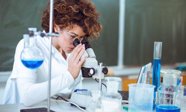 Analizele fizico-chimice în laborator