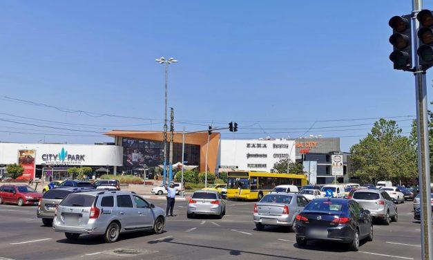 Haos în trafic. Semafoarele de la intersecția Soveja cu Tomis și Lăpușneanu nu funcționează