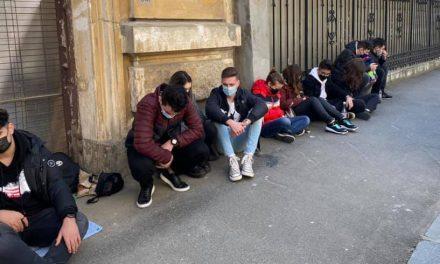 Chițac le-a interzis elevilor să protesteze în fața lui Cîțu. AEC anunță că va face plângere penală