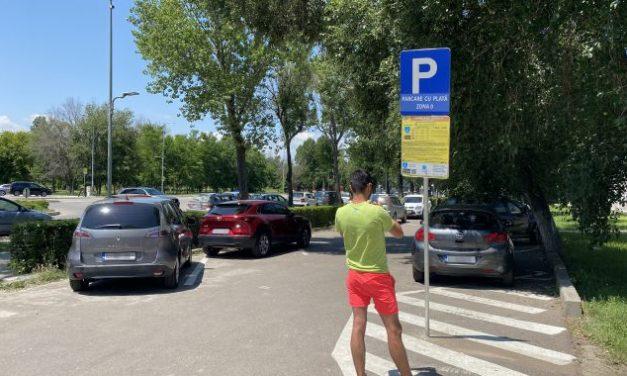 Litoralul pentru toți. În Mamaia, o zi de parcare costă cât trei nopți de cazare