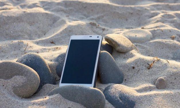 Cum să vă protejați telefonul de soare?