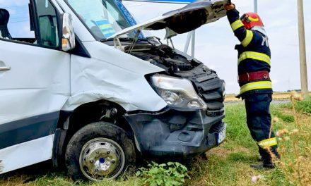 Accident grav la Constanța, cauzat de șoferul unui microbuz. Șase persoane sunt rănite