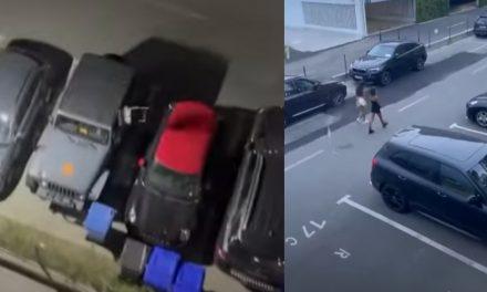 VIDEO. De la balconul hotelului, un turist a aruncat cu scaune și sticle în mașini și trecători