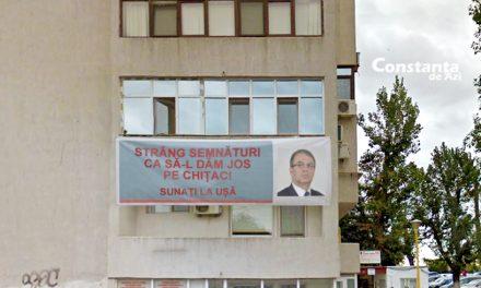 """A fost votat """"Cel mai frumos balcon din oraș"""". E unul de la care se strâng semnături pentru demiterea lui Chițac"""