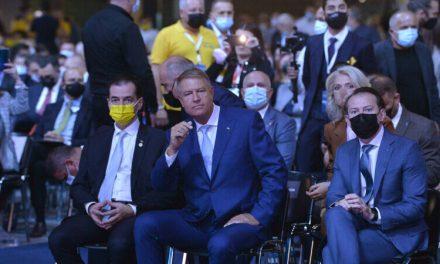 """Iohannis: """"În fața bolii ești precaut, ori ești prost"""". Atunci erau 270 cazuri zilnice, acum peste 7.000"""
